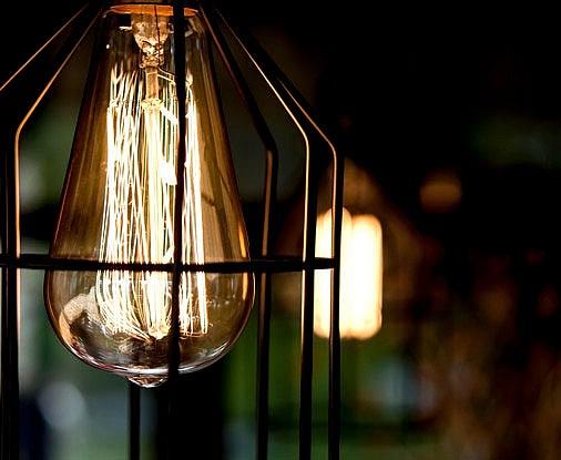 Достоинства и недостатки лампы Эдисона