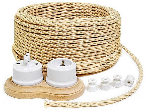 ретро-кабель